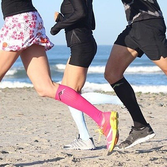 What are the benefits of benefits of running with compression socks