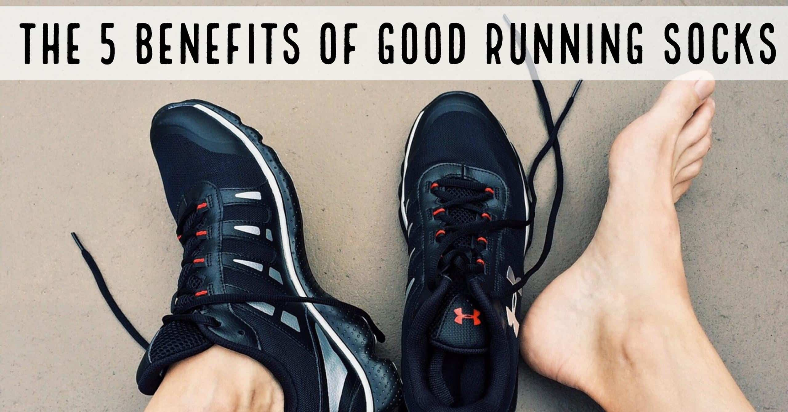 Any runner with more than a handful of races under their belt will tell you why it is very important to have a good pair of running socks. Here are the 5 benefits of good running socks.